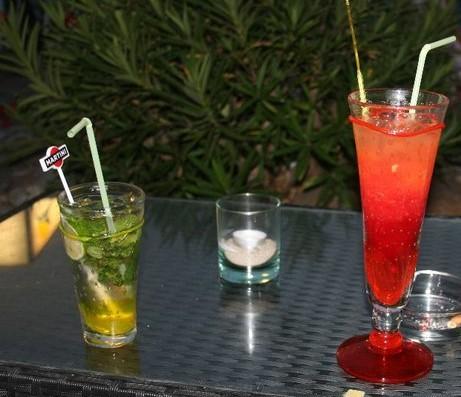 Cocktails auf Korsika